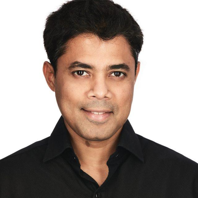 Salil Dicholkar